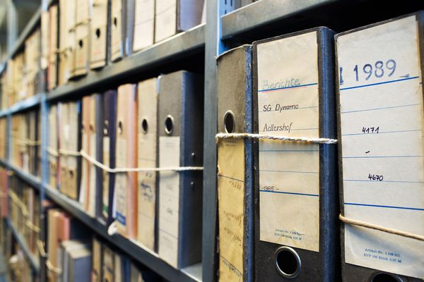 Sachakten im Magazin des Stasi-Unterlagen-Archivs Frankfurt (Oder)