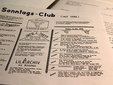 Flyer des Berliner 'Sonntags-Club'.
