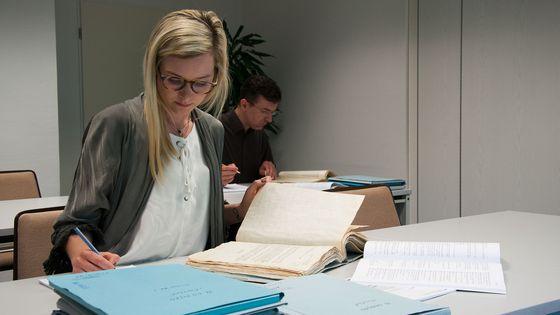 Akteneinsicht im Lesesaal des Stasi-Unterlagenarchivs