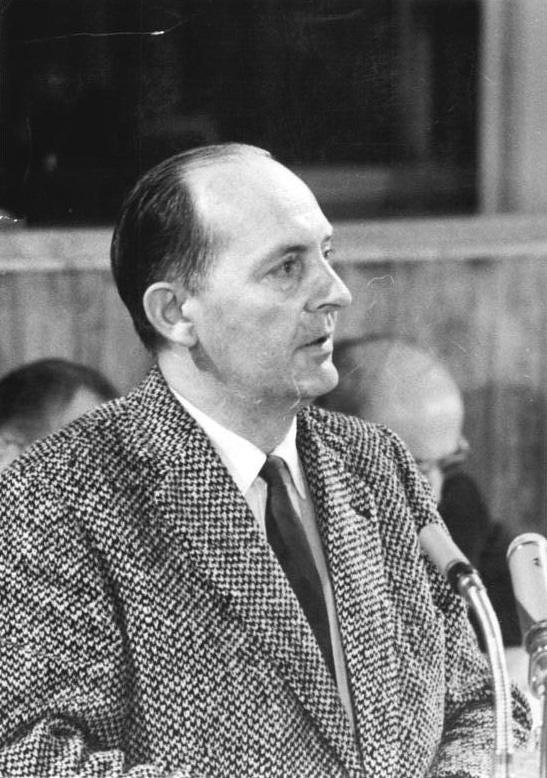 Portraitfoto von Robert Havemann, 15. Volkskammersitzung 1960, Quelle:                 Bundesarchiv, Bild 183-76791-0009 / Horst Sturm / CC-BY-SA 3.0