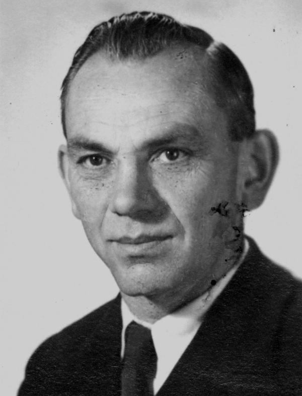 Foto von Ludwig Roscher von seiner Kaderkarteikarte.