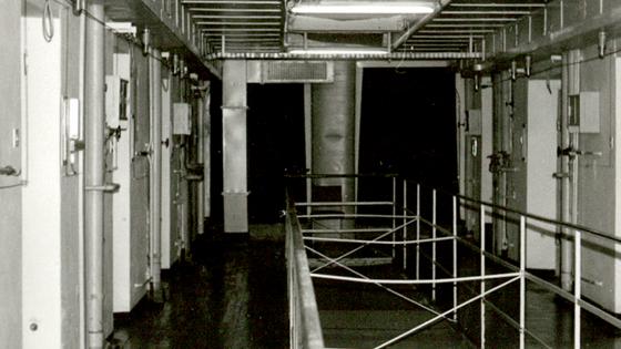 Im Zellenblock der Stasi-U-Haftanstalt 'Roter Ochse'
