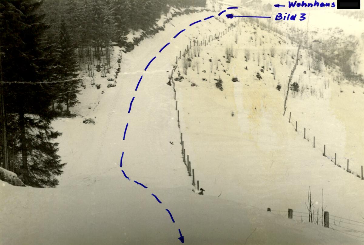 Wegen der guten Schneelage verabredeten sich die beiden Schüler zum Rodeln. Auch das MfS schätzte das Gelände diesbezüglich als günstig ein.