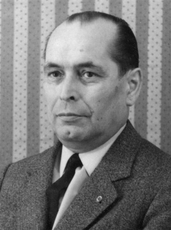 Foto von Rudolf Vödisch von seiner Kaderkarteikarte.