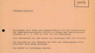 Thesenzuarbeit für Erich Mielke in Vorbereitung der Antiterrorismuskonsultationen der DDR mit den USA