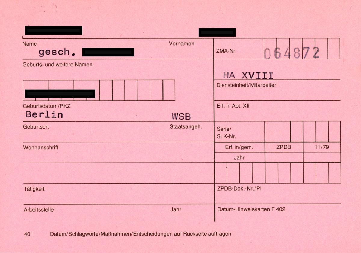 Rosa Karteikarte des Typs 'Formblatts 401', hier als VSH der Abteilung 5 der ZAIG.