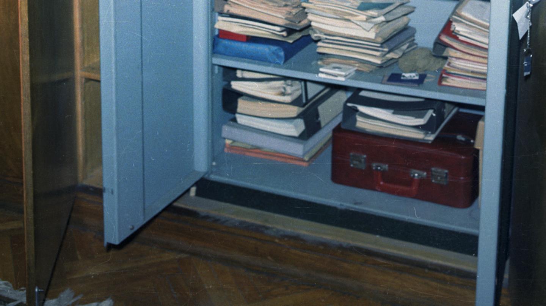 Ein Panzerschrank in Mielkes Büroräumen mit dem 'Roten Koffer'