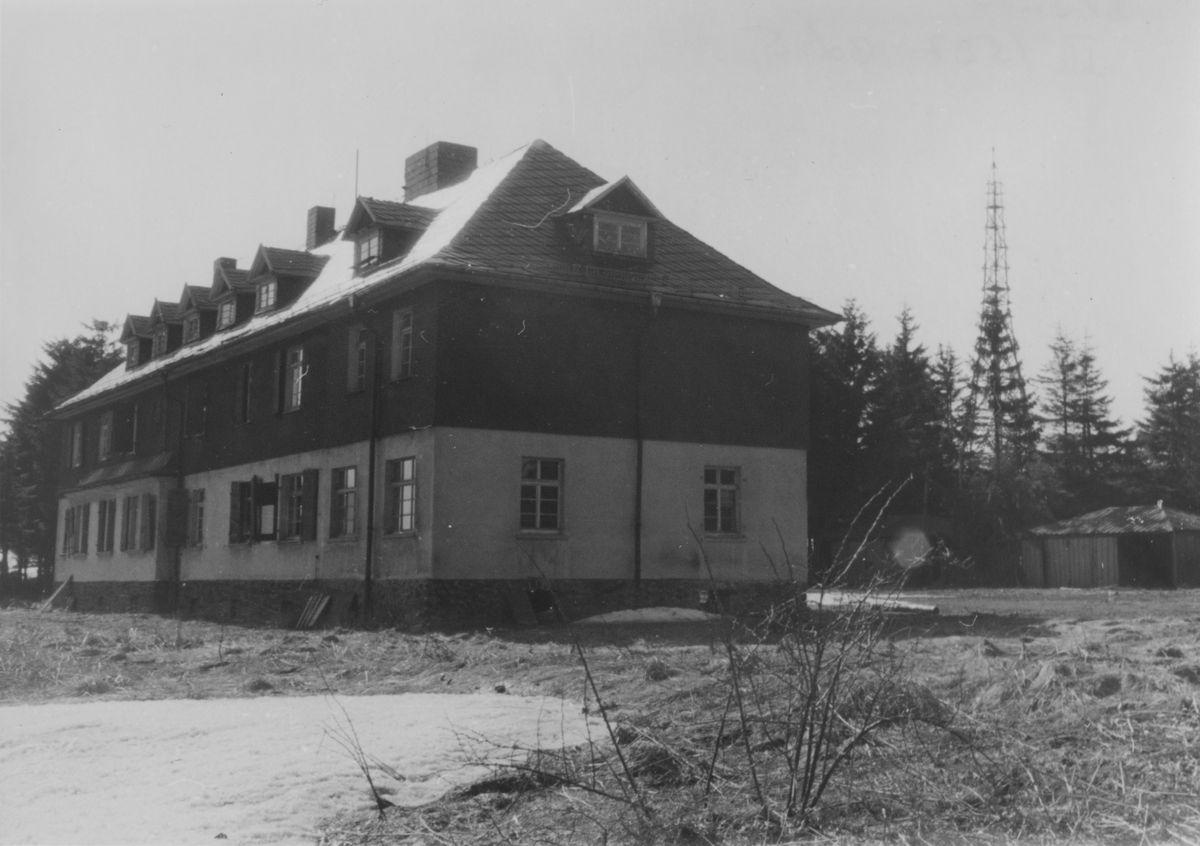 Zu sehen ist das 'Eisenacher Haus', das dem MfS als Objekt 'Blitz' diente.