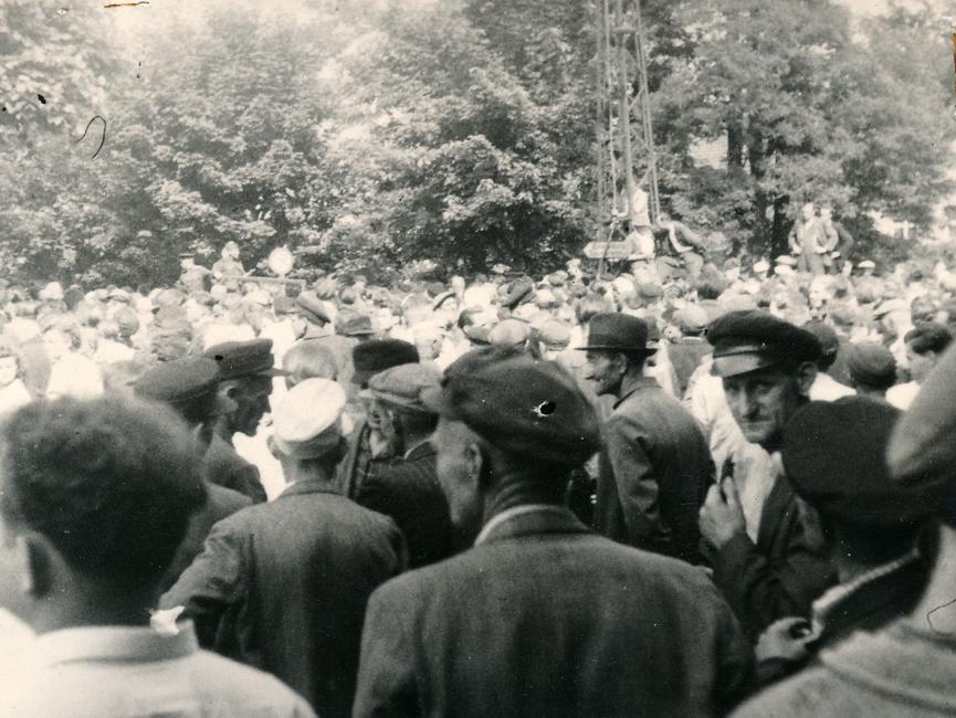 Eine weitere Fotoaufzeichnung von Demonstranten in Belzig.